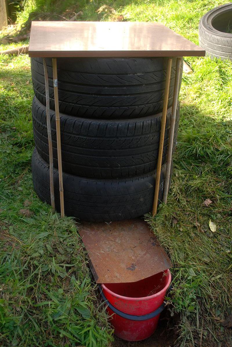 Thùng nuôi trùn quế tận dụng lốp xe